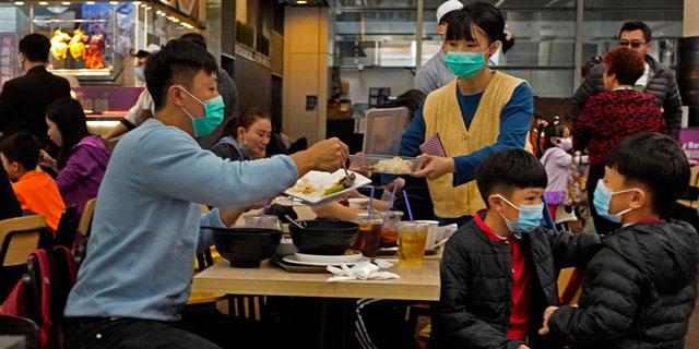הווירוס הסיני מקפיא פעילות במקדונלד'ס, סטארבקס ודיסני