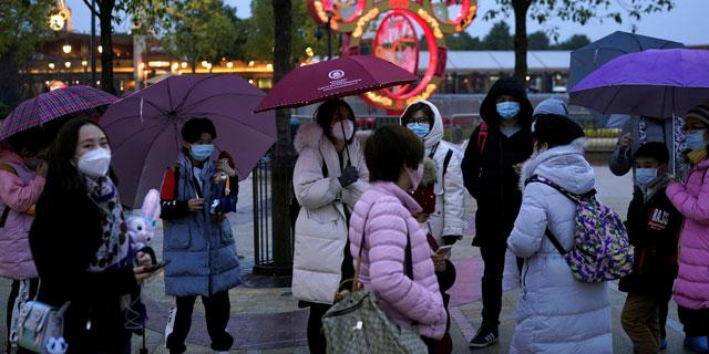מיקי מאוס חוזר לשגרה: פארק דיסני בשנגחאי ייפתח בשבוע הבא