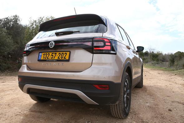 מבחן רכב פולקסווגן טי קרוס מאחור, צילום: אוראל כהן