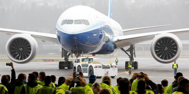 מפגעי הקורונה: בואינג דוחה את השקת דגם ה-777X