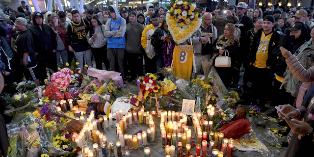 אוהדים מתאבלים בלוס אנג