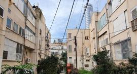 שני הבניינים שהריסתם מתעכבת, במתחם עלית, רמת גן, צילום: אוראל כהן