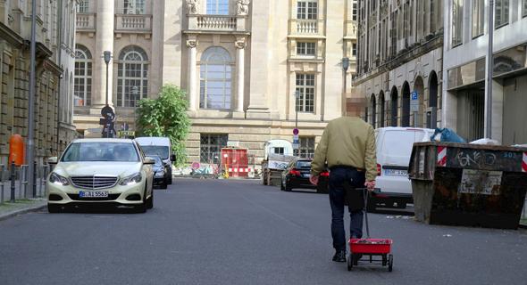 סיימון ווקרט אמן ברלין פקק תנועה גוגל מפס Maps 2, צילום: simonweckert.com