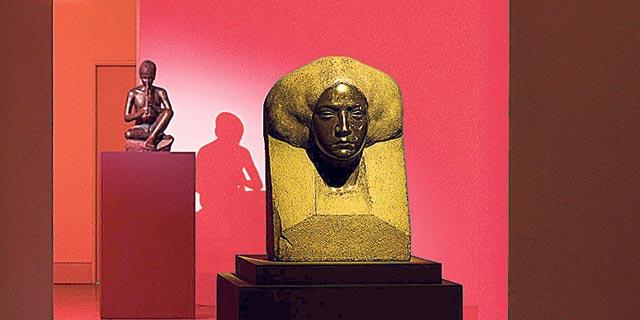 """""""אשה מצרית"""" של נחום אהרונסון. חדש לצד ישן, צילום: אלעד שריג"""
