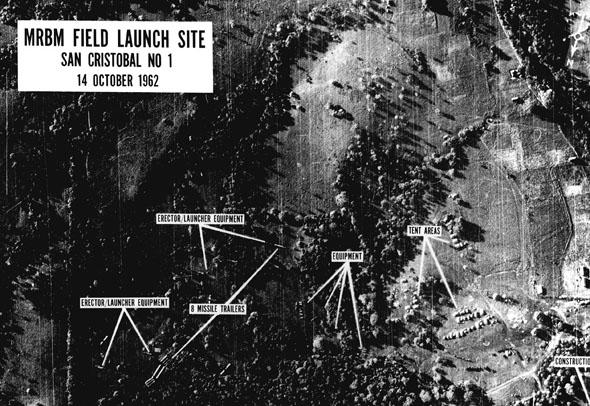 תצלום אוויר מפוענח שמוכיח פריסת משגרי טילים בקובה, צילום: Wikimedia