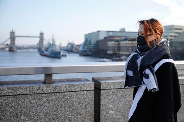 חוששים מהקורונה גם בלונדון