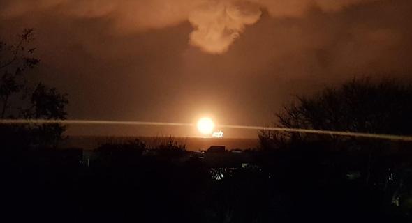 אסדת לווייתן נובל אנרג'י הפסקת חשמל הדלקת לפיד, צילום: עמותת שומרי הבית