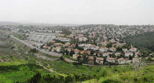 אורנית. גרף עלייה מרשים בערך הדירות במועצה , צילום: Hanay (מתוך ויקיפדיה)