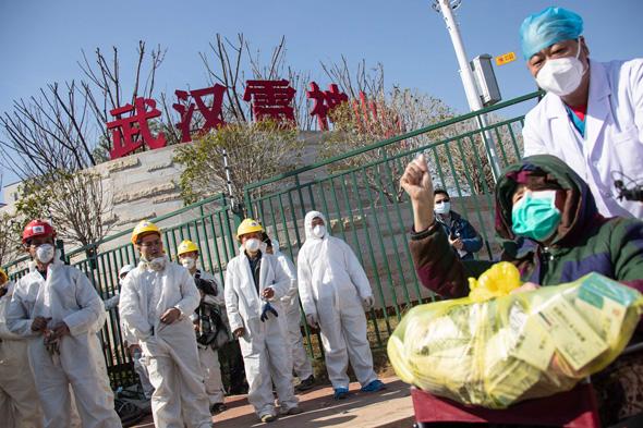 סין חולה בן 83 שהחלים מקורונה במחוז חוביי