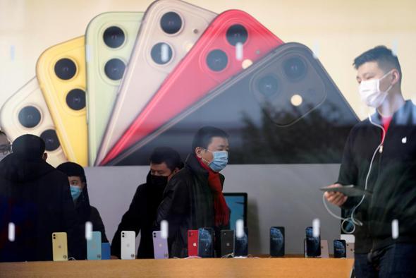 סניפי אפל שנפתחו בסין, צילום: רויטרס