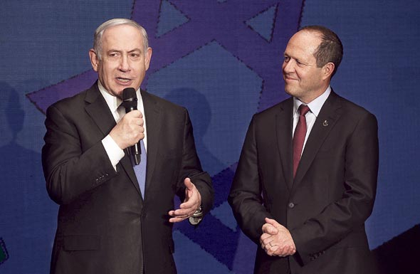 ניר ברקת וראש הממשלה בנימין נתניהו , צילום: שאול גולן