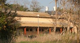 מתחם בית הנערה בהוד השרון, צילום: עמית שעל