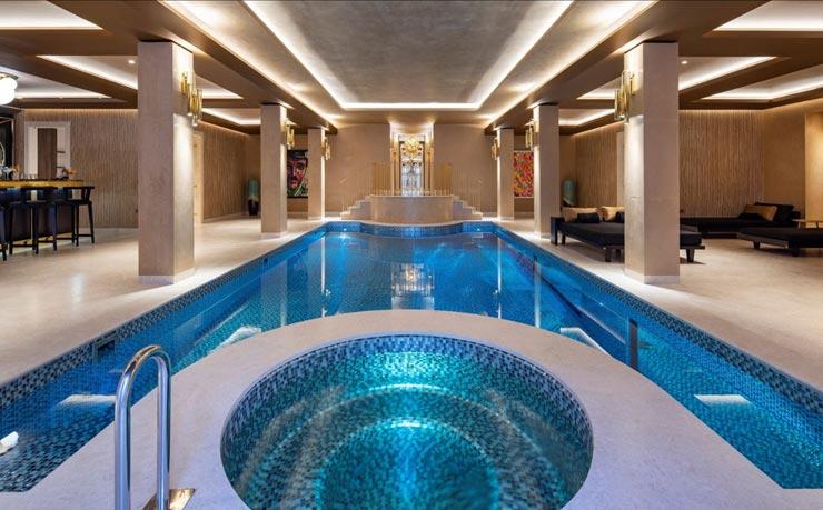 בריכת השחיה, צילום: Sotheby