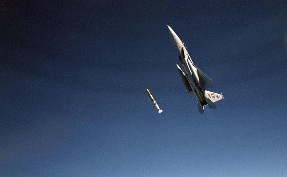 F15 משגר טיל נגד לוויינים, צילום: USAF