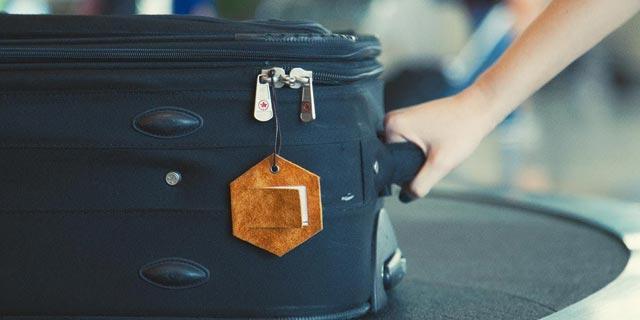תגית תג שם מזוודה סודות החופשה, צילום: MAKERCRATE.COM