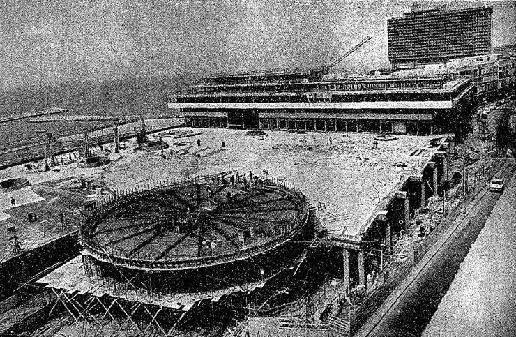 בראשית שנות ה-70 עבודות בניית הכיכר היו בעיצומן, צילום: עיתון דבר