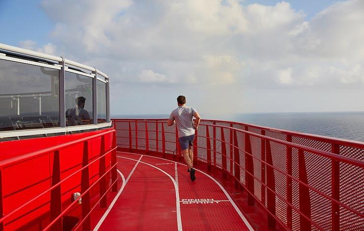 מסלול ריצה על אחד הסיפונים, צילום: Virgin Voyages