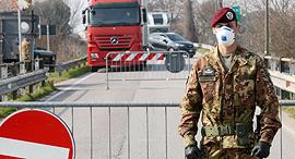 חייל מחסום ב איטליה קורונה וירוס 25.2.20, צילום: אי פי איי