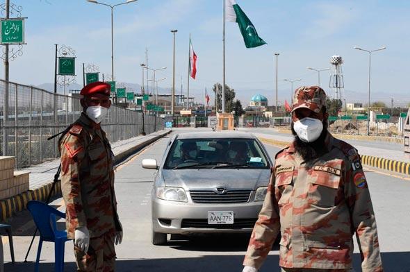 חיילים פקיסטנים בגבול עם איראן