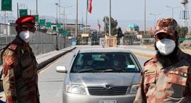 וירוס קורונה חיילים פקיסטניים בגבול עם איראן, צילום: איי אף פי