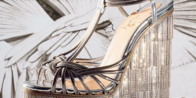 נעליו של כריסטיאן לובוטין לא נועדו להליכה