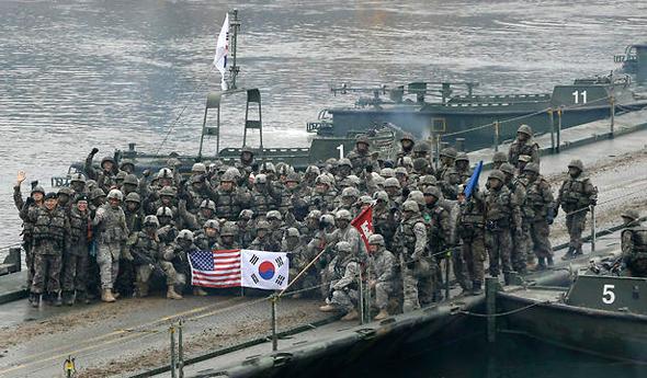 חיילים אמריקאים ודרום קוריאנים, צילום: איי פי