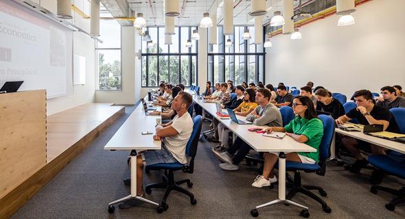 """""""קורסי טכנולוגיה שנלמדים בתכנית מקנים לסטודנטים את הכלים הכי מתקדמים"""", צילום: עמית גירון"""