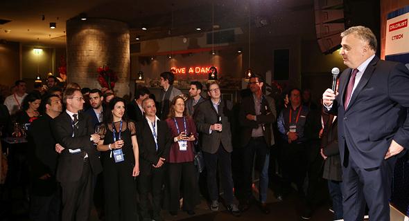 שגריר ישראל ג'רמי יששכרוף פותח את הוועידה, צילום: אוראל כהן