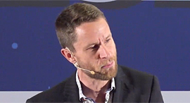 ועידת ברלין 2020 ריצ'ארד בראונינג מייסד וטייס הניסוי הראשי של Gravity Industries, צילום: תומי הרפז