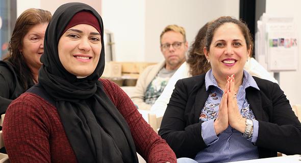 השיפורים המרשימים ביותר, הן בתעסוקה והן בהשכלה, נרשמו אצל הנשים הערביות