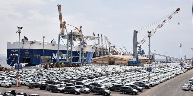 מכוניות חדשות בנמל אילת (ארכיון), צילום: יוסי דוס-סנטוס