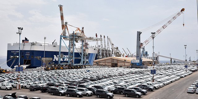 מכוניות בנמל, צילום: יוסי דוס-סנטוס