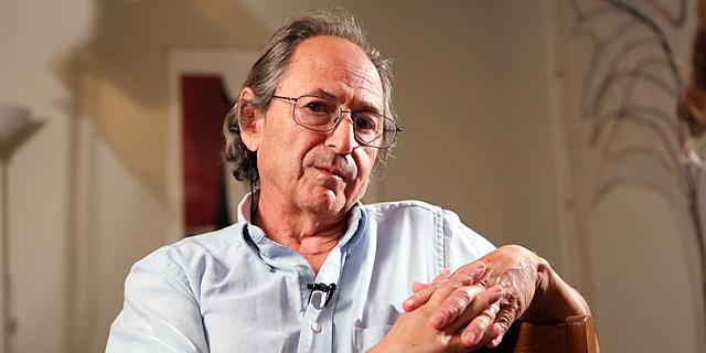 Michael Levitt Analysis: Corona Is Slowing Down, Humanity Will Survive