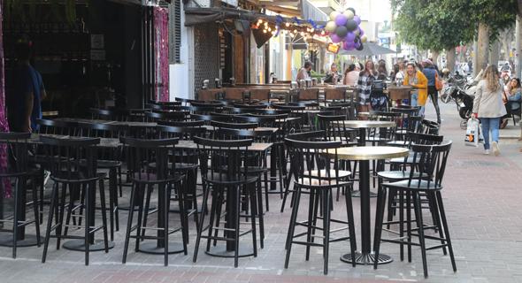 בתי קפה וברים ריקים ברחוב דיזנגוף בתל אביב, השבוע