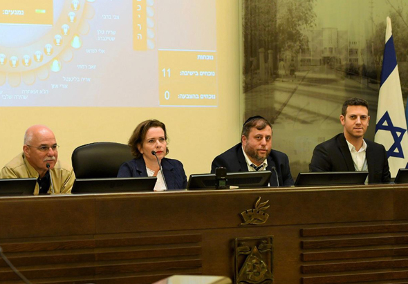 """ישיבת הוועדה המקומית לתכנון ובנייה בחיפה. """"מדיניות שתיצור ודאות"""""""