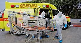 Corona paramedics in Israel. Photo: Shaul Golan