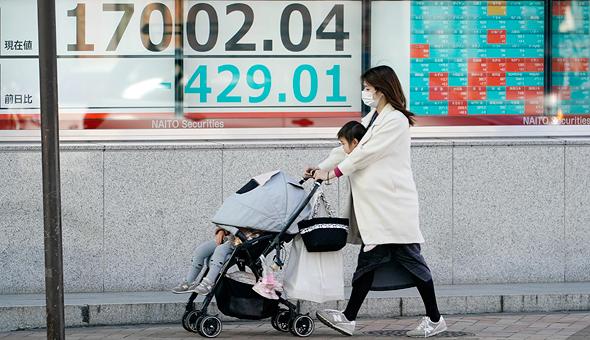 מתגוננים מפני מגיפת הקורונה, בורסת טוקיו
