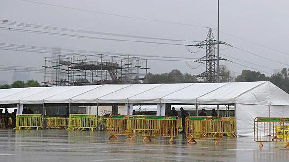 אוהל לבדיקות קורונה בפארק הירקון