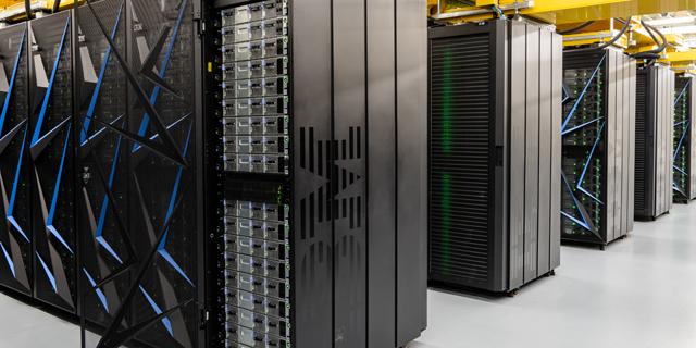 IBM Summit Supercomuter, צילום: IBM