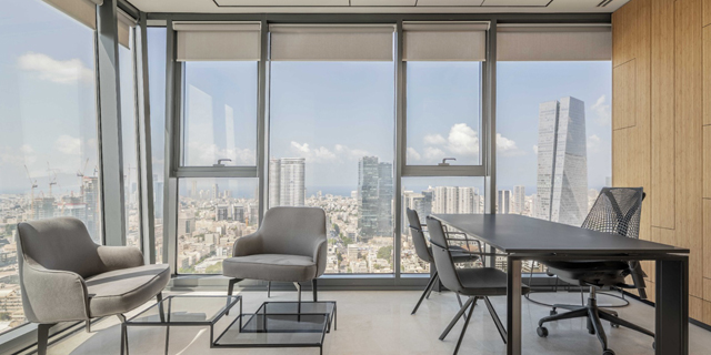 משרד במתחם ויביז זירת הנדלן , צילום: יואב פלד