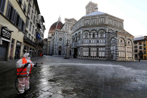 חיטוי בפירנצה, צילומים: אי.פי.אי