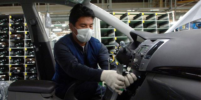 מפעל של יונדאי בקוריאה , צילום: בלומברג