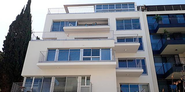 הדילמה של חברות הבנייה: האם להשהות את שיווקי הדירות?