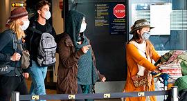 תושבים חוזרים לשדה התעופה בקופנהגן, צילום: איי אף פי