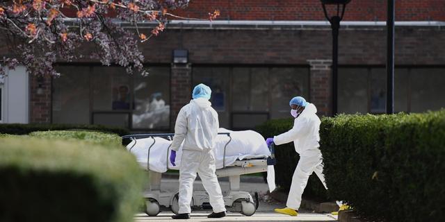 """תחזית בארה""""ב: כמעט 135 אלף בני אדם ימותו מקורונה עד אוגוסט"""