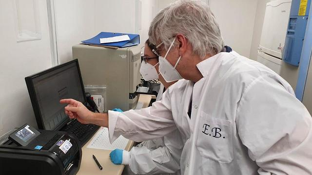 Researchers at the Tel Aviv University coronavirus lab. Photo: TAU