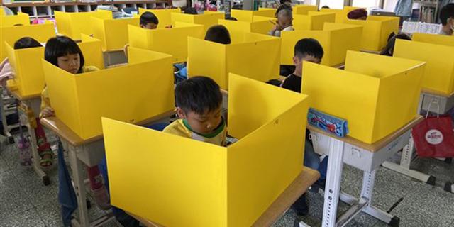 עם בדיקות זריזות ומערך היברידי: 73% ממדינות ה־OECD פתחו את בתי הספר