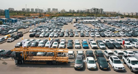 Second hand cars in a lot. Photo: Orel Cohen