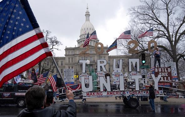 """הפגנה נגד הארכת הסגר בארה""""ב"""