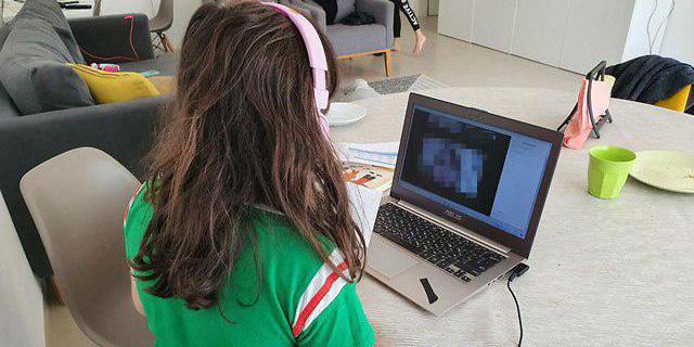 משאל: לשליש מההורים אין מספיק מחשבים ללמידה מרחוק